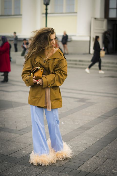 Street Style Mercedes Benz - Fashion Week Russia Spring/Summer 2020 - Day Five
