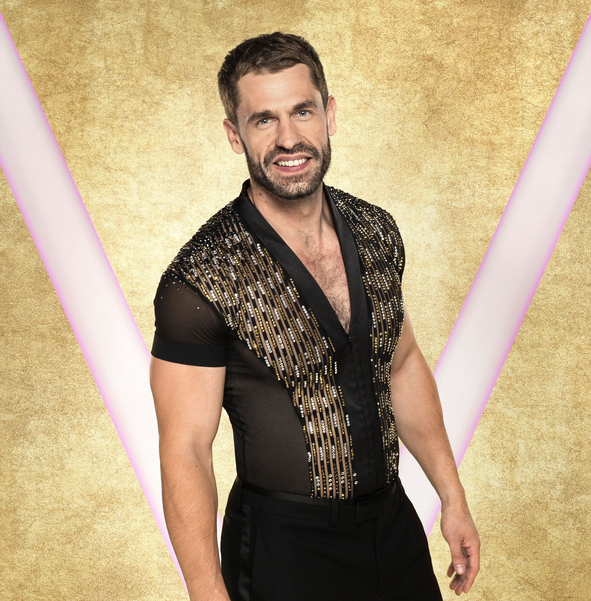 This is the job Emmerdale's Kelvin Fletcher dropped out of to do Strictly Come Dancing