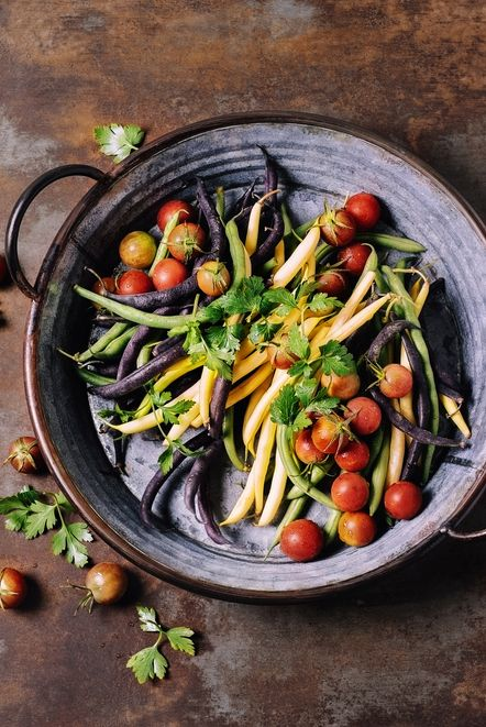 string beans and cherry tomatoes