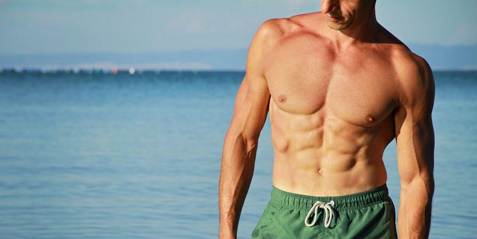 ad2f21d6d3c ビーチ向けの大きな筋肉へ…極限まで鍛えるトレーニング法 ― 夏までにダイエット