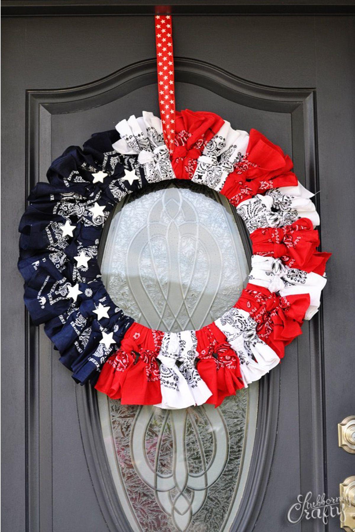 20 DIY 4th of July Wreaths