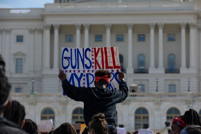 students protest against gun violence in washington