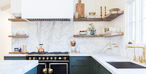 Hate Open Shelving? These 15 Kitchens Might Convince You ...