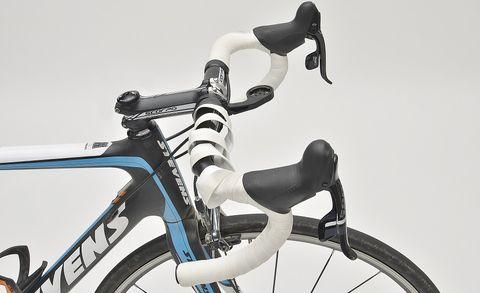 Bicycle, Bicycle part, Bicycle wheel, Bicycle frame, Bicycle handlebar, Hybrid bicycle, Vehicle, Road bicycle, Bicycle saddle, Racing bicycle,