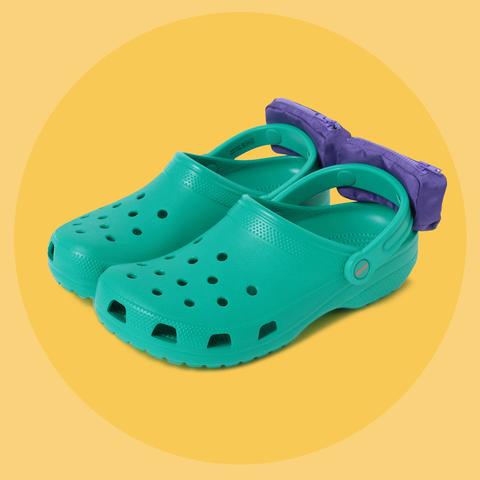b8ff918cf Crocs x Beams Fanny-Pack Clogs - I d Wear the Crocs x Beams Collab ...