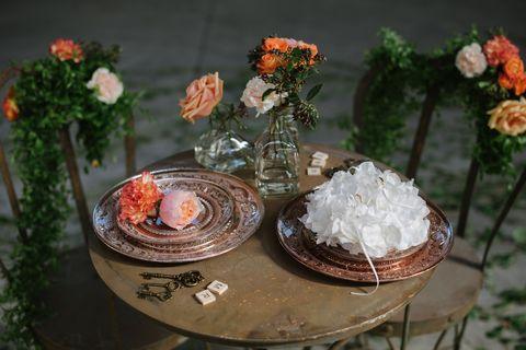 Flower, Cut flowers, Still life, Plant, Table, Centrepiece, Floral design, Bouquet, Flower Arranging, Miniature,