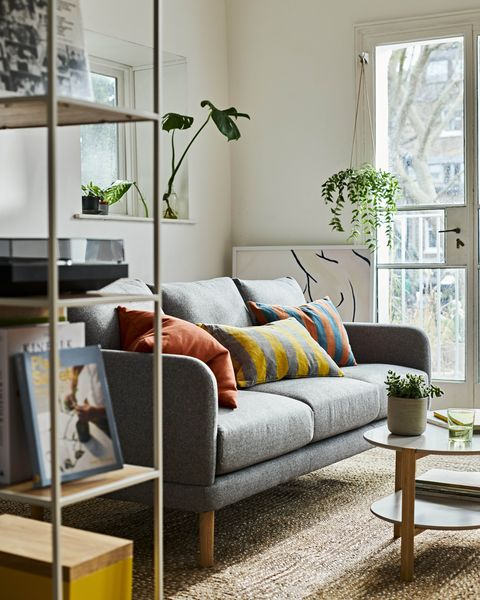 Small Living Room Decorating Ideas, How To Decorate A Small Living Room