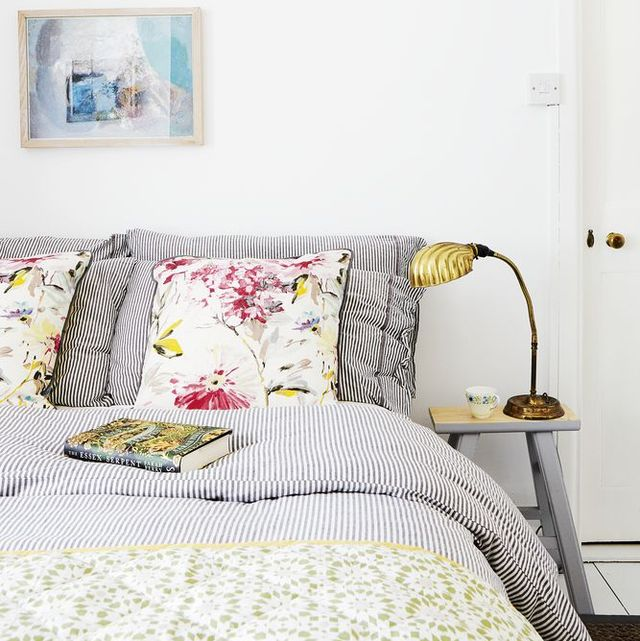 how to create a cosy and welcoming guest bedroom