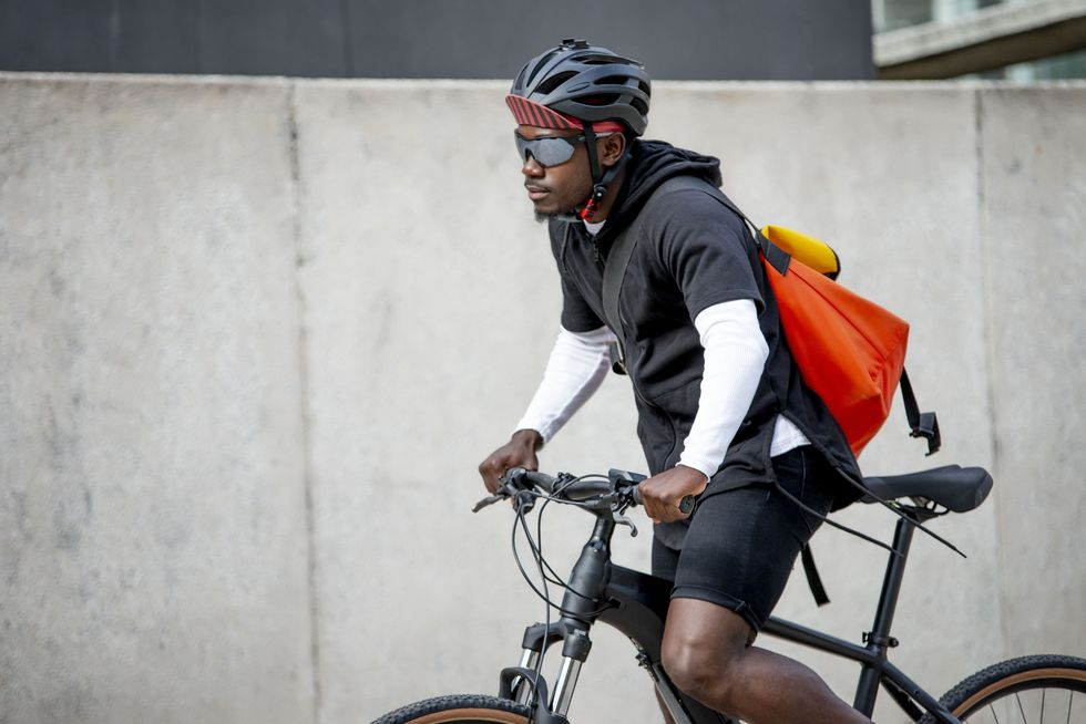 The Best Cycling Shorts for Guys thumbnail