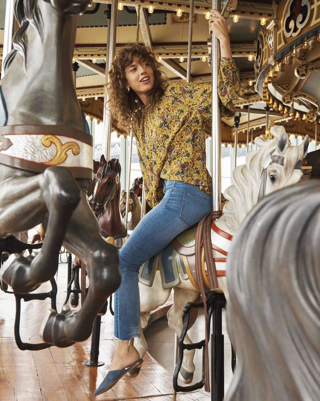2cf7035c287e This Madewell x Karen Walker Collection Is the Answer to Our End-Of-Summer  Fashion Dilemmas
