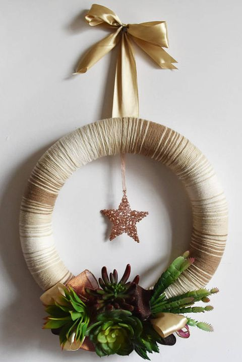 40 Diy Christmas Wreaths How To Make A Holiday Wreath