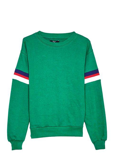 Recopilamos 15 prendas y complementos en color verde, el tono de moda esta temporada.