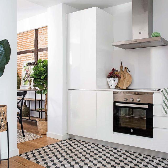 Room, Tile, Property, Floor, Furniture, Interior design, House, Building, Kitchen, Wall,
