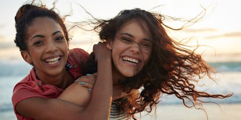 summer beach friends