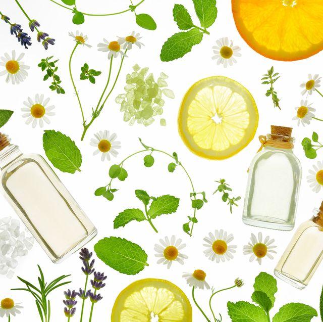 レモンやライム、花、小瓶