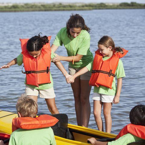Best Summer Jobs for Teens - Camp Counselor