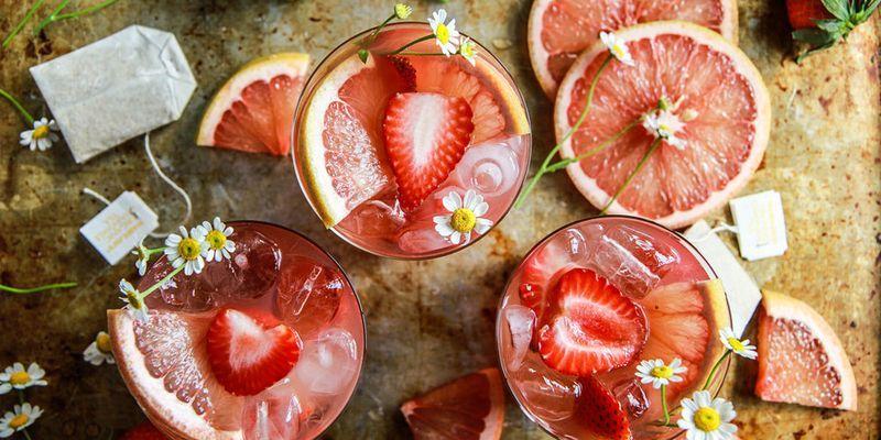 14 Cocktails to Drink When It's Hot AF Outside