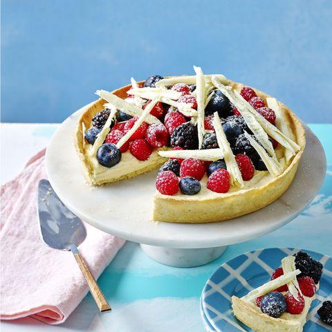 summer fruit and white chocolate tart