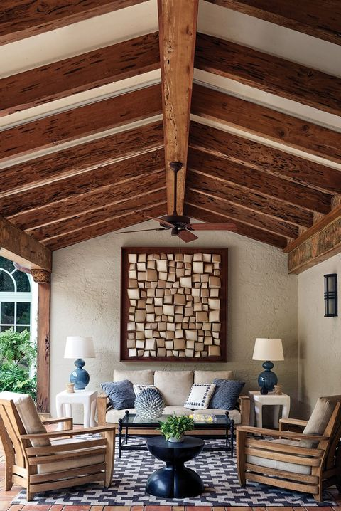 Ceiling, Beam, Room, Interior design, Living room, Building, Property, Furniture, House, Wood,