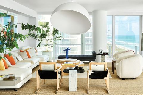 Living room, Furniture, Room, White, Interior design, Coffee table, Property, Table, Ceiling, Floor,