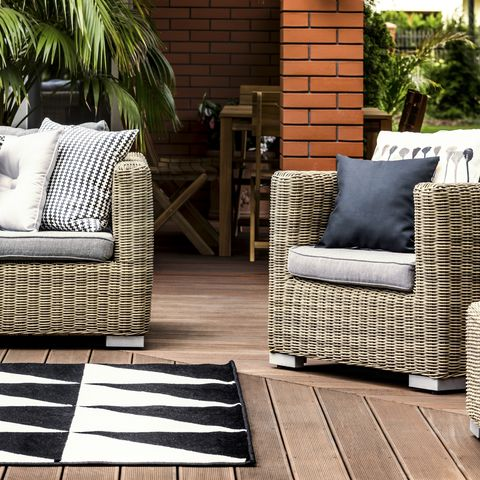 Best Outdoor Furniture 2021 Where To Buy Patio Furniture For Any Budget