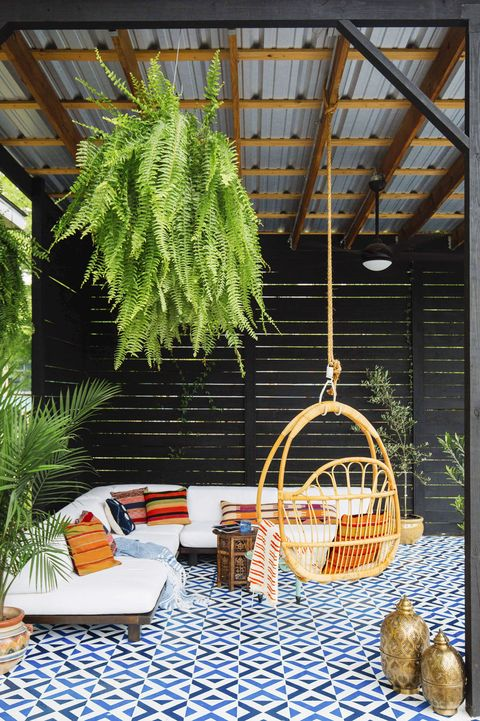 Summer Party Backyard Swing Entertainment Space
