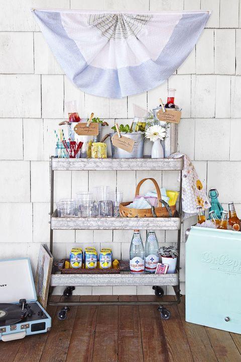 summer party ideas outdoor bar cart