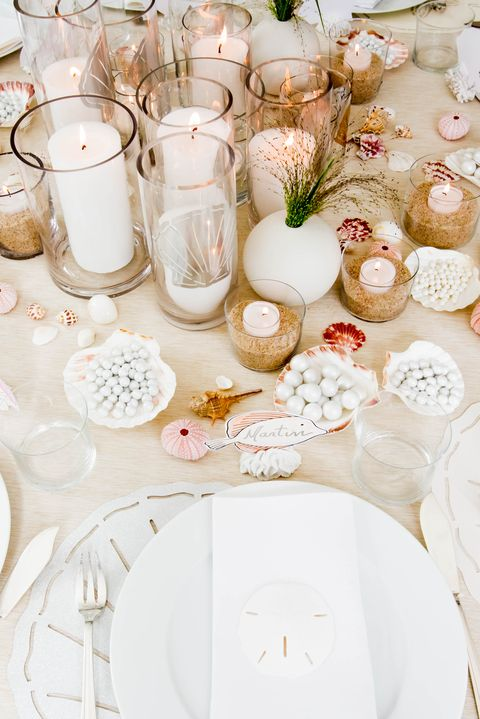 Tablecloth, Pink, Table, Textile, Tableware, Centrepiece, Dishware, Interior design, Porcelain, Stemware,