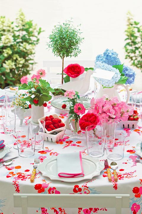 Pink, Red, Centrepiece, Flower, Floral design, Decoration, Flower Arranging, Plant, Floristry, Table,