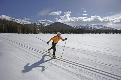 USA, Sun Valley, Idaho, mature man cross-country skiing