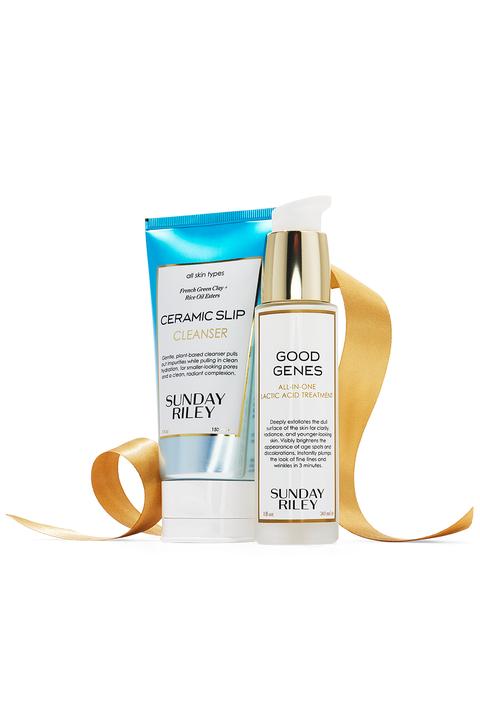 Product, Skin, Beauty, Skin care, Liquid, Beige, Material property, Fluid, Moisture, Cream,