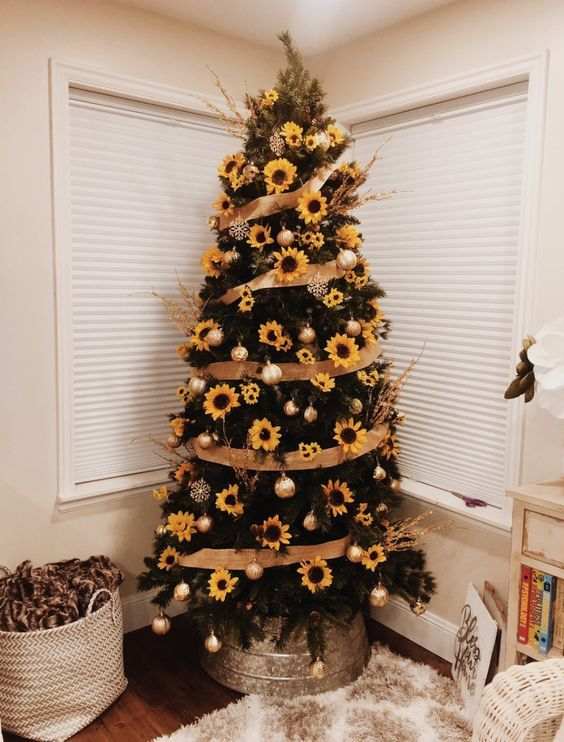 2020 Christmas Tree Trends.Sunflower Christmas Trees Is A Top Pinterest Christmas 2019