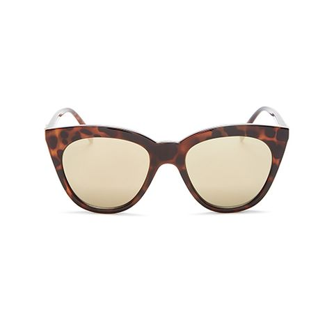 Eyewear, Sunglasses, Glasses, Personal protective equipment, Brown, Beige, Maroon, Transparent material, Vision care, Goggles,
