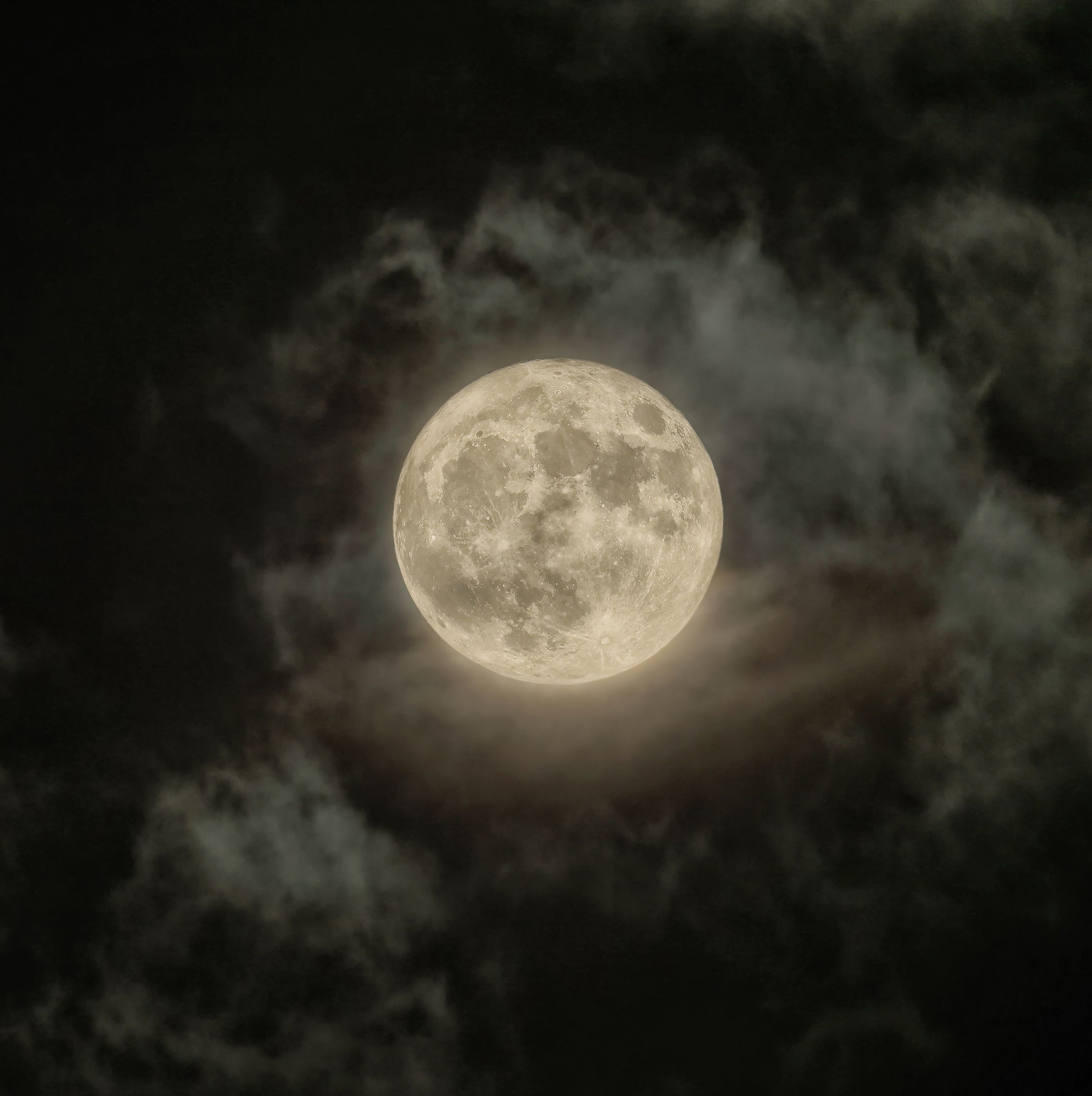A Super Snow Moon Is Coming Tonight, and You Don't Want to Miss It