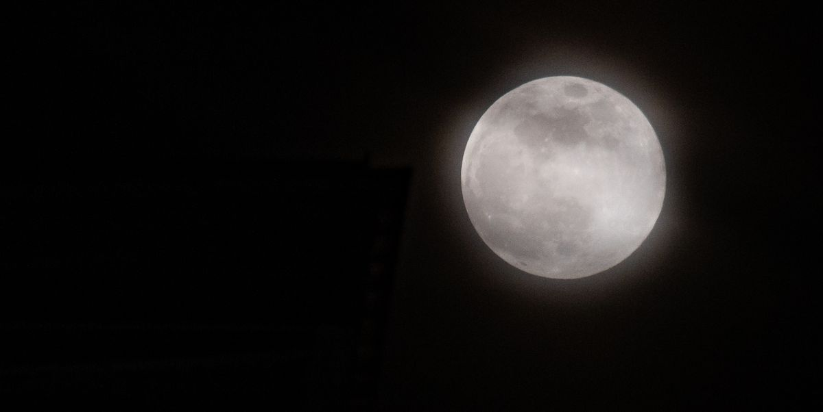 """A """"Snow Moon"""" Will Appear in the Night Sky This Week"""