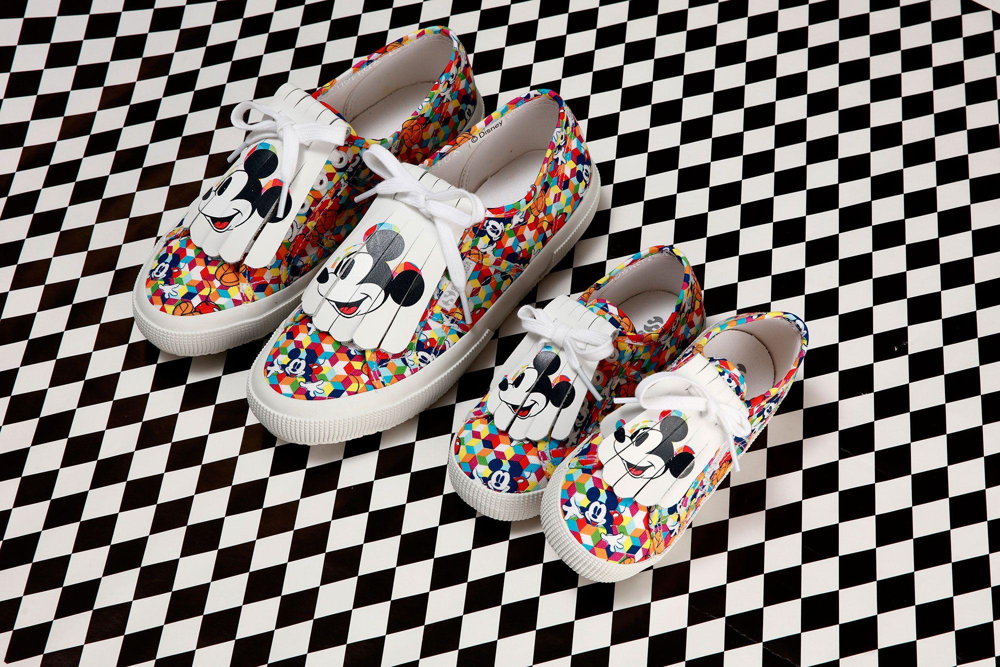 c1d5a42c0365e Superga y Disney han lanzado una colección para adultos y niños