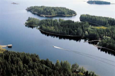 Water resources, Water, Aerial photography, Inlet, Nature reserve, Reservoir, Lake, Biome, River, Tree,