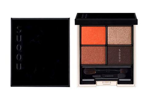 Eye shadow, Eye, Brown, Beauty, Product, Cosmetics, Organ, Beige, Human body, Powder,
