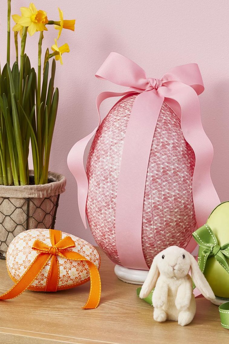 Easter crafts for adults - Surprise Egg