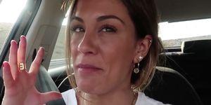 Susana Megan se retoca los labios en MTMAD