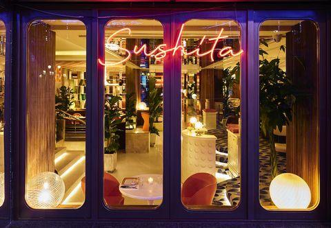Le Club Sushita, en Madrid, pone de moda los 70 - El nuevo restaurante propone novedades en su carta japonesa con toques del mundo y ambiente de guateque