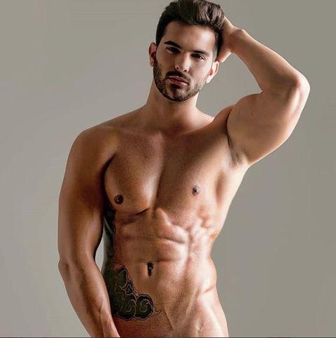Suso Álvarez desnudo