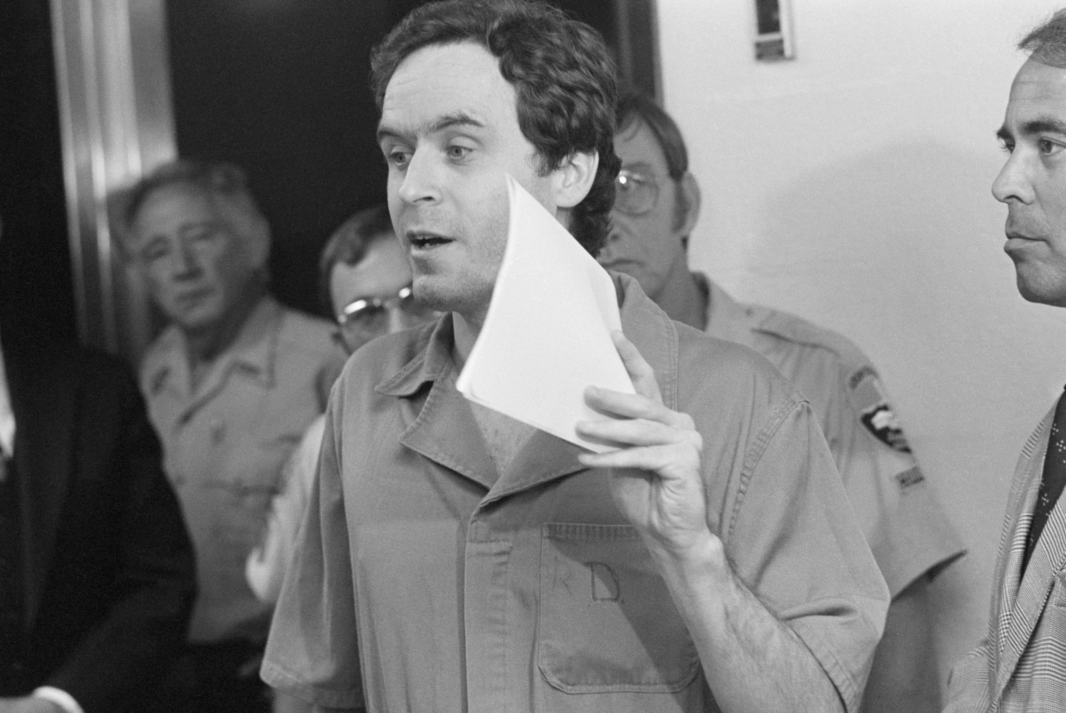 Ted Bundy Worked At A Suicide Hotline—Here's Why, According To A Forensic Psychologist
