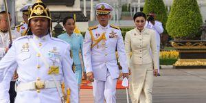 Chi è Suthida, ex assistente di volo e nuova Regina della Thailandia