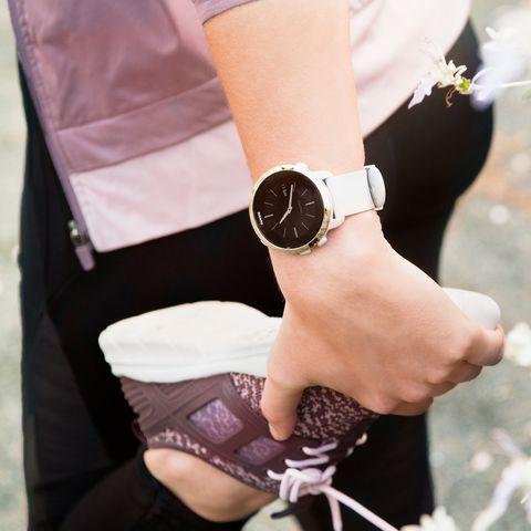 Eyewear, Wrist, Arm, Pink, Hand, Footwear, Sunglasses, Leg, Finger, Fashion accessory,