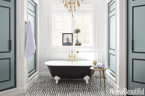 Phenomenal This Black And White Bathroom Is A Geometric Showstopper Cjindustries Chair Design For Home Cjindustriesco