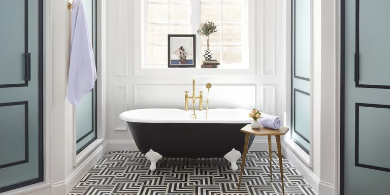 This Black And White Bathroom Is A Geometric Showstopper