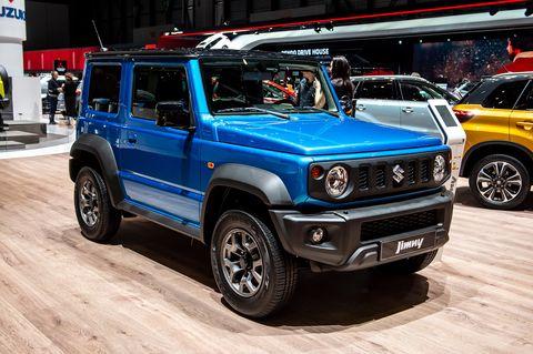 Suzuki Jimny - en la exposición de un concesionario