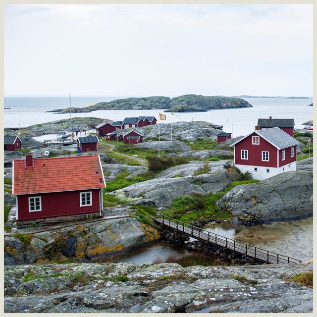 swedish summer homes, red and white cottages, ocean, house by ocean