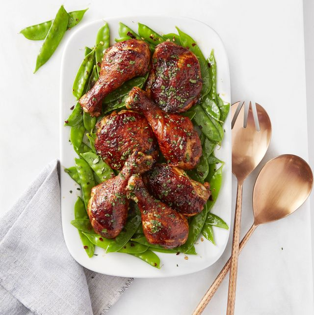 sweet  sticky chicken with snow peas